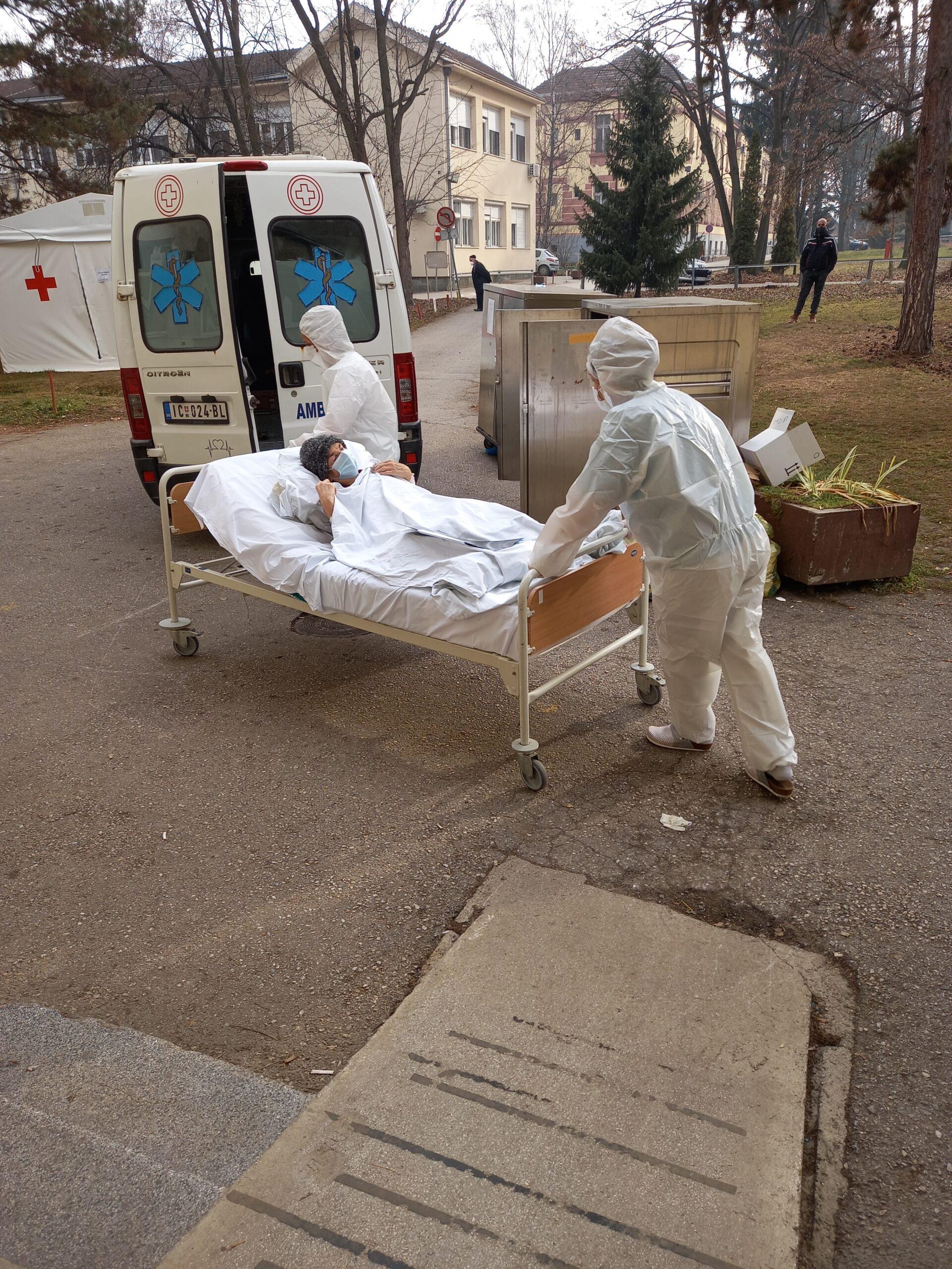 Prvi smrtni ishodi u kovid bolnici posle sedam dana, na bolničkom lečenju 17 pacijenata, osmoro novozaraženih