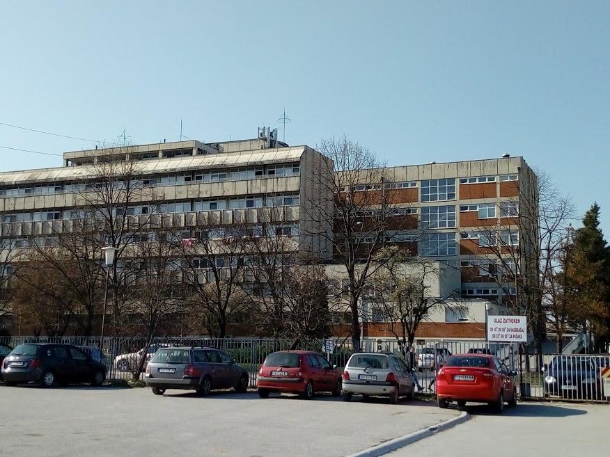 Dva smrtna ishoda u čačanskoj kovid bolnici, hospitalizovani jedno dete i dve trudnice