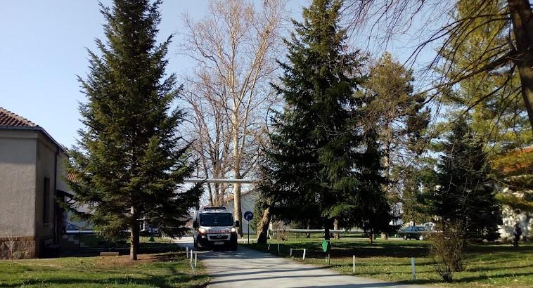 Tri smrtna ishoda u kovid bolnici u Čačku, u Moravičkom okrugu više od 200 novozaraženih